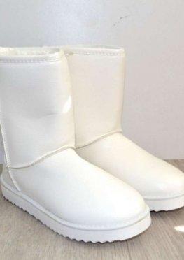 Белые тёплые женские угги
