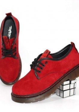 Туфли женские на шнурках