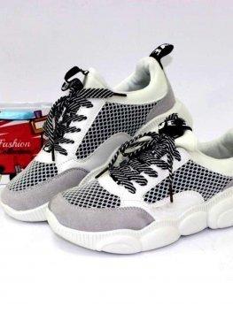 Стильные кроссовки белый