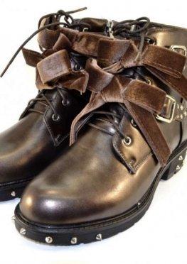 Классные молодёжные ботинки