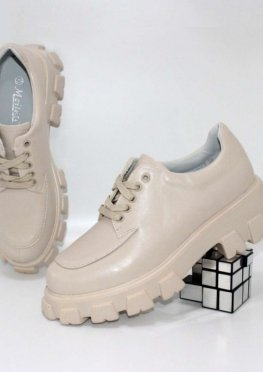 Туфли женские на тракторной подошве
