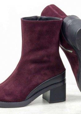 Женские ботинки на среднем каблуке, из натуральной замши бордового цвета