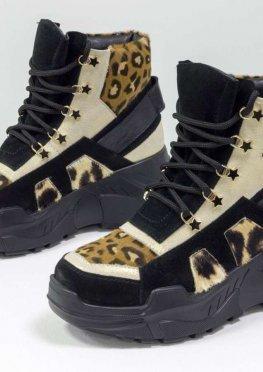Экстравагантные женские высокие ботинки сникерсы на шнуровке, из натуральной кожи белое золото, черной кожи и замши и вставками из меха пони с леопардовым принтом, на современной утолщенной подошве