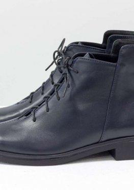 Дизайнерские классические ботинки синего цвета