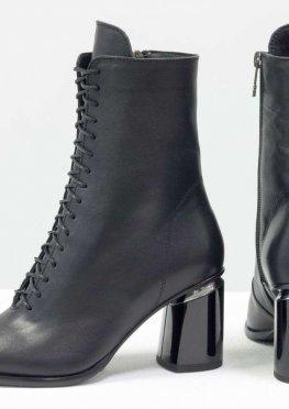 Дизайнерские ботильоны на шнуровке из натуральной мягкой лицевой итальянской кожи