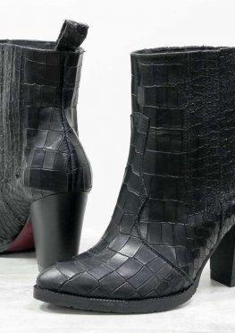 Дизайнерские ботильоны свободного одевания, из эксклюзивной кожи черного цвета