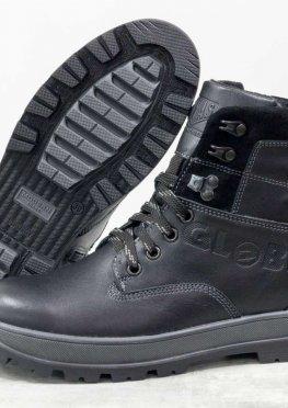 Подростковые зимние ботинки из натуральной кожи черного, на черно-серой подошве