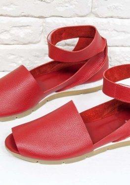 Удобные и легкие босоножки с открытым носиком из натуральной кожи флотар ярко-красного цвета