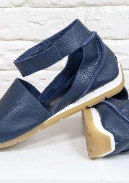 Удобные и легкие босоножки с открытым носиком из натуральной кожи флотар синего цвета
