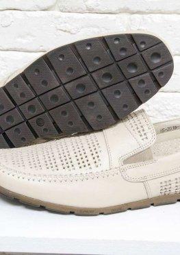Летние мужские Туфли мокасины из перфорированной гладкой кожи молочного цвета
