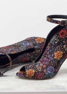 Шикарные туфли с открытым носиком из натуральной кожи в нежном цветочном принте, на устойчивом обтяжном каблуке