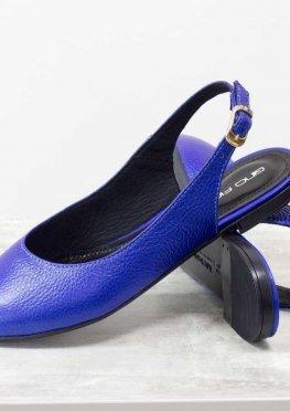Яркие балетки с открытой пяткой на плоской подошве из натуральной кожи синего цвета