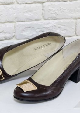 Классические женские Туфли из натуральной кожи коричневого цвета