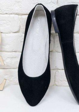 Туфли-лодочки на низком хожу, замшевые черного цвета