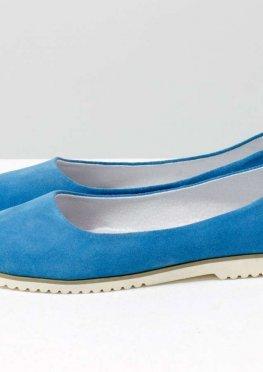 Классические туфли балетки из натурального итальянской замша голубого цвета