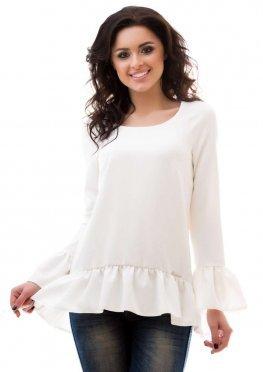 Белая блузка свободного кроя