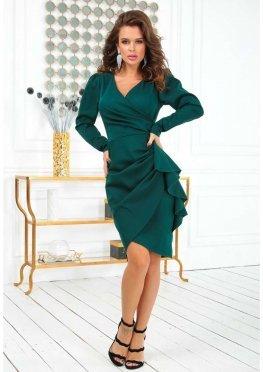 Зеленое платье с длинным рукавом