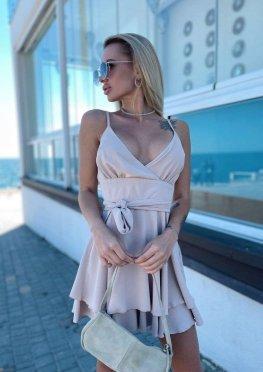 Комбинезон-платье бежевого цвета