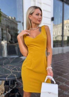 Короткое коктейльное платье горчичное