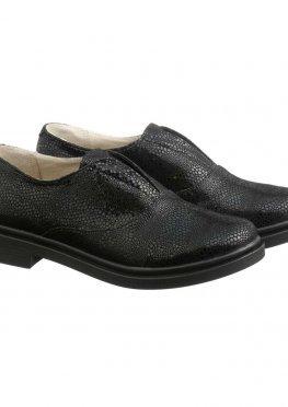 Лаковые туфли на низком ходу с оформлением под змею