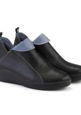 Кожаные короткие ботинки черного цвета