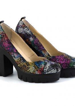 Цветные кожаные туфли