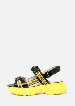 Кожаные черные спортивные босоножки и желтыми вставками