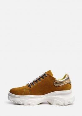 Замшевые туфли со шнурком на массивной подошве