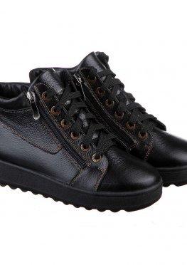 Короткие черные ботинки на зиму