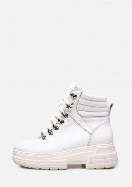 Белые зимние кожаные ботинки на платформе