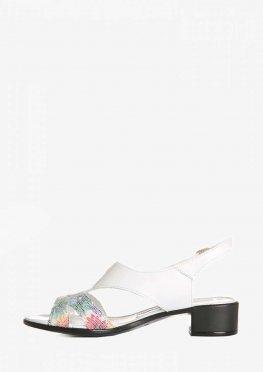 Кожаные белые босоножки на низком ходу с цветнымивставками