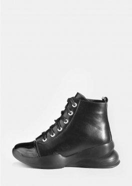 Кожаные зимние ботинки черного цвета на шнурках