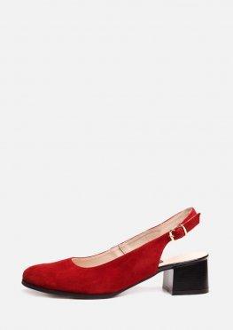 Закрытые замшевые красные босоножки на невысоком каблуке