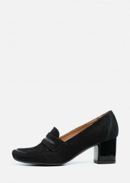 Классические закрытые замшевые туфли