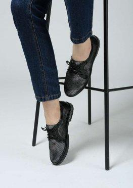 Женские перфорированные туфли на низком ходу