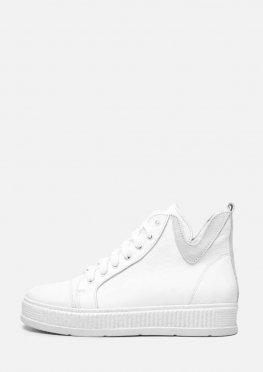 Белые кожаные короткие ботинки на платформе