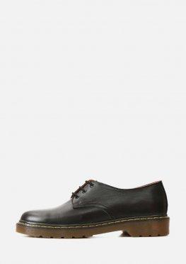 Стильные мужские кожаные черные туфли на светлой подошве