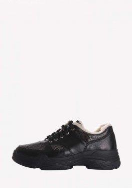 Зимние кожаные женские кроссовки на высокой подошве