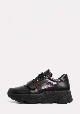 Кожаные кроссовки с синими вставками и липучкой
