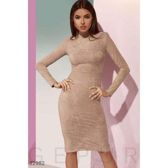 Базовое замшевое платье