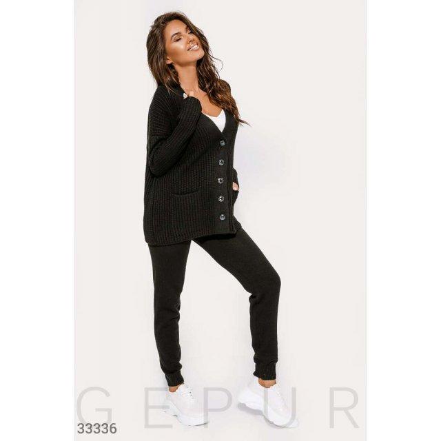 Вязаный черный костюм