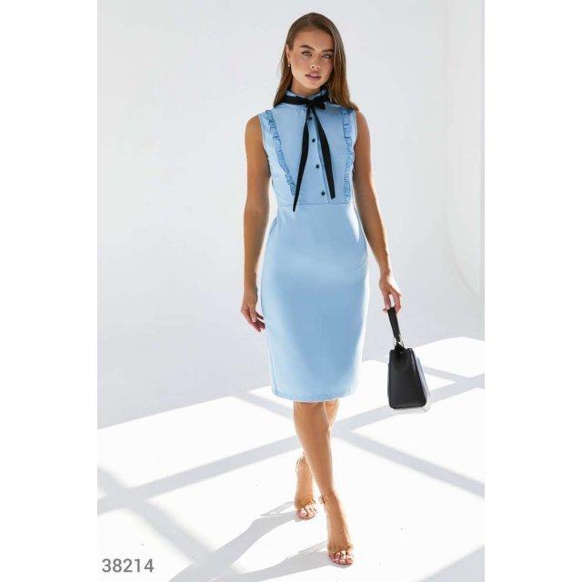 Голубое платье-футляр с оборками (38214)