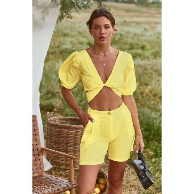 Лимонный костюм с шортами (39524)