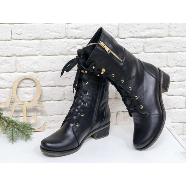Женские высокие Ботинки на шнуровке из натуральной гладкой черной кожи, на утолщенной подошве и невысоком каблуке