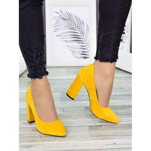 Туфли на каблуке горчица замша