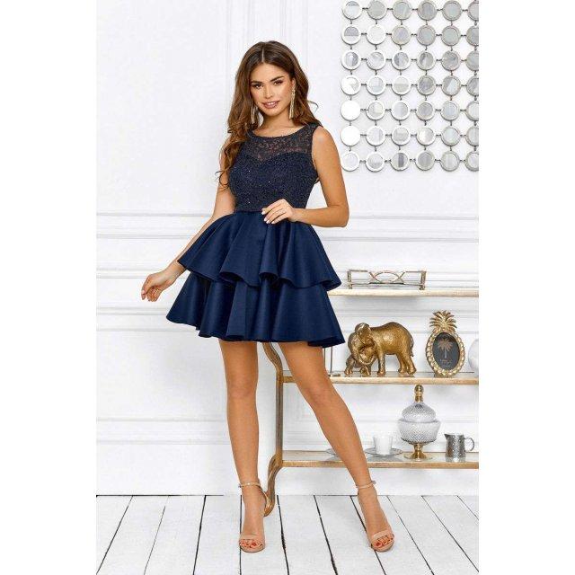 Гипюровое коктейльное платье мини