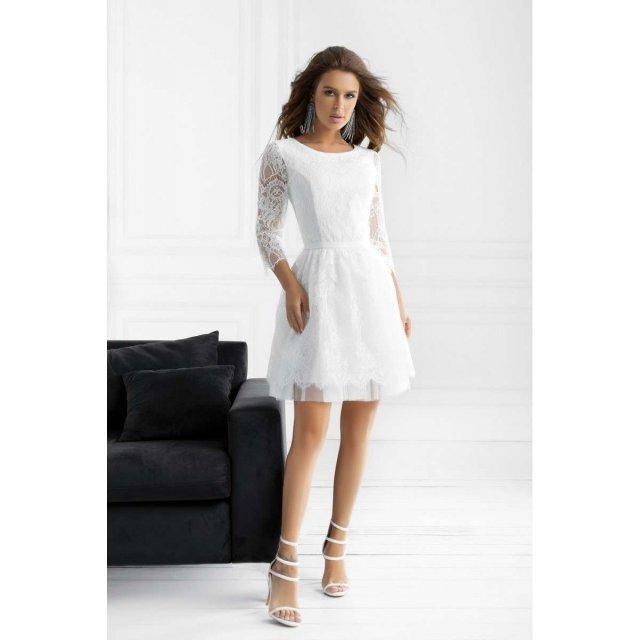 Гипюровое вечернее платье белого цвета